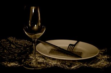 Wine glass and graham cracker